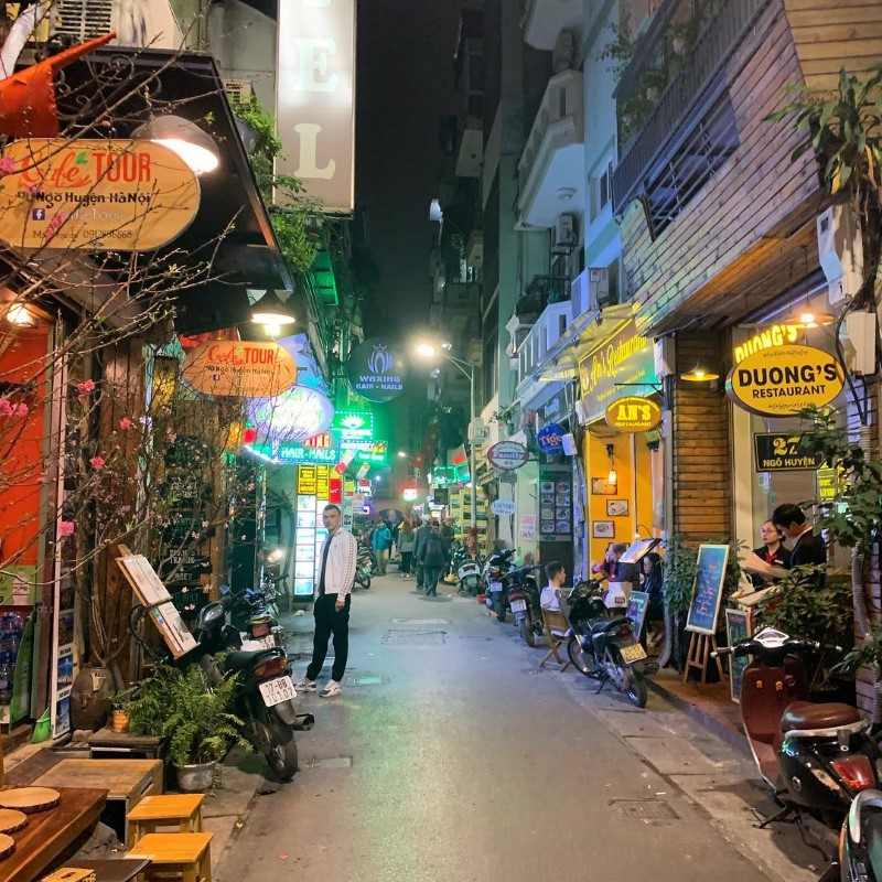 Commonly offered tours by Hanoi free tour guides organization