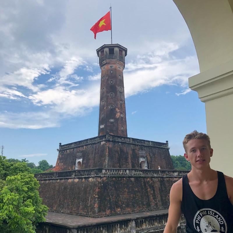 Flag Tower (Ky Dai)