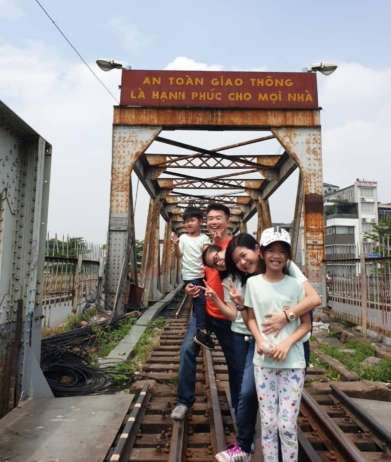 Explore inside of Hanoi Old Quarter