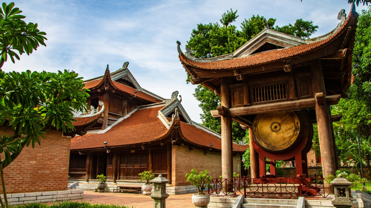 Everything you need to know when visiting the Temple of Literature in Hanoi - Architecture