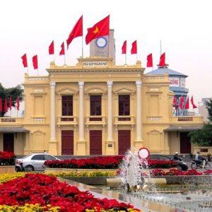 Visit Hai Phong Opera House