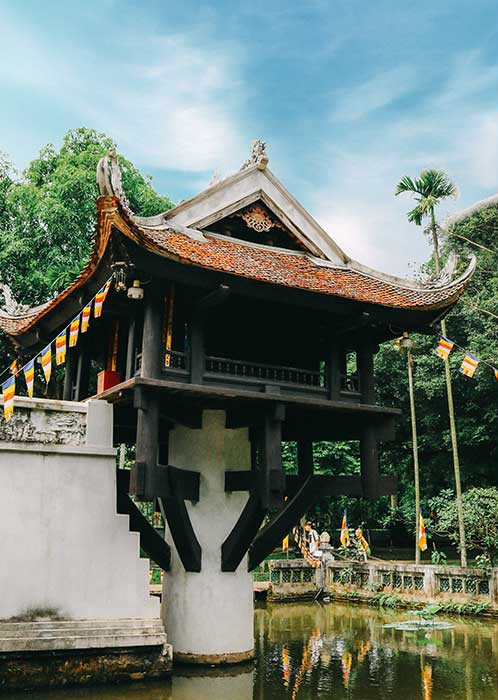 Visit One Pillar Pagoda