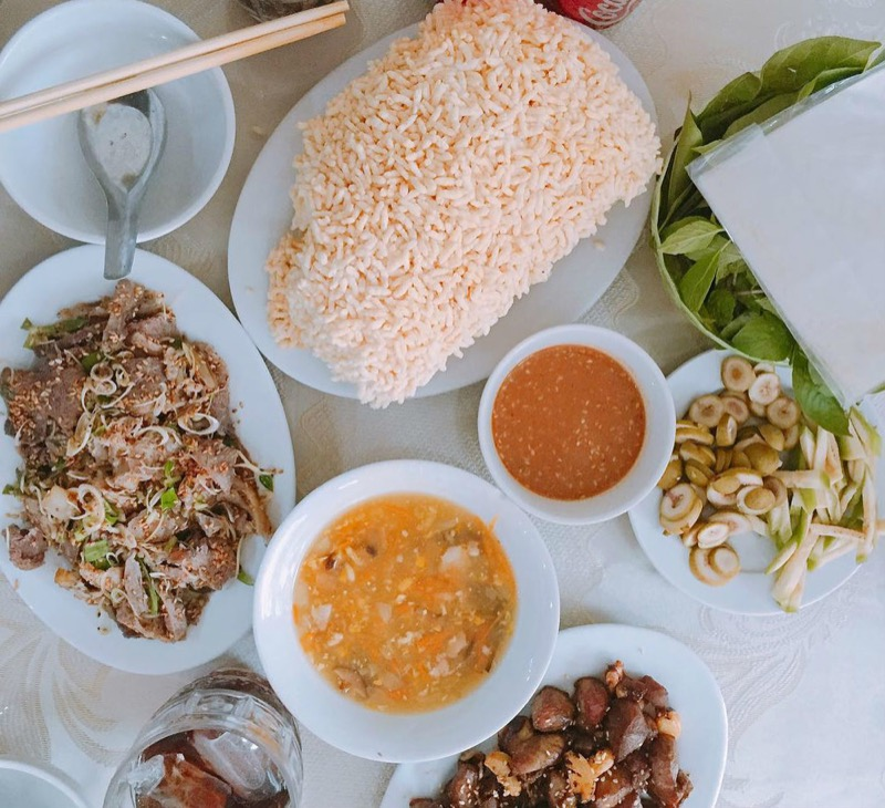 What To Eat in Trang An grottoes
