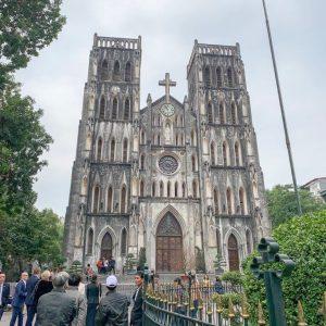 church in hanoi