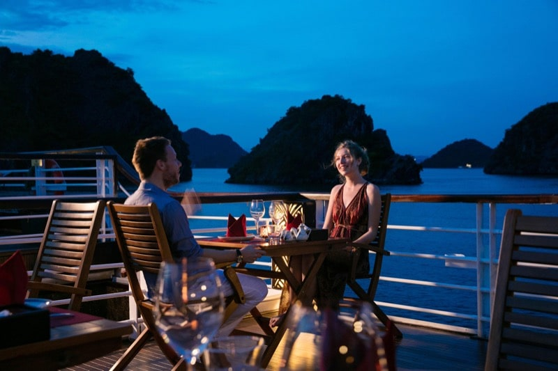 dinner on halong bay