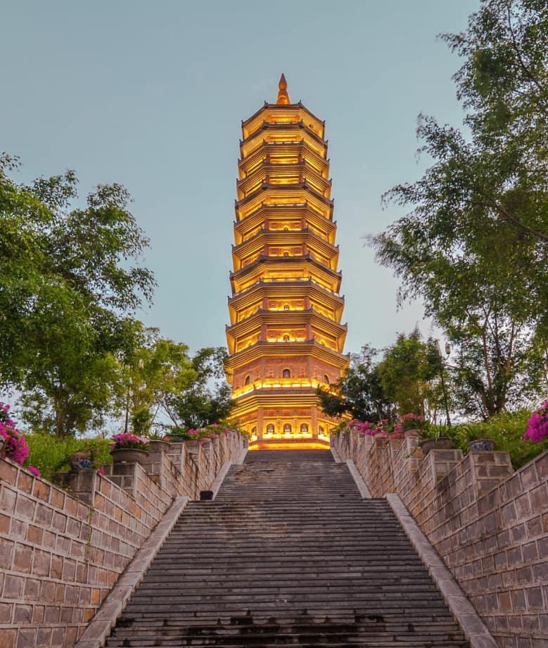 Exploring Bai Dinh Pagoda