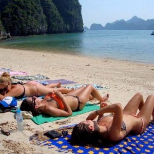 sunbathing in halong