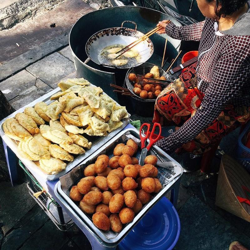 small food stalls dong xuan