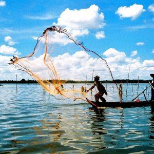 go fishing in cua van village